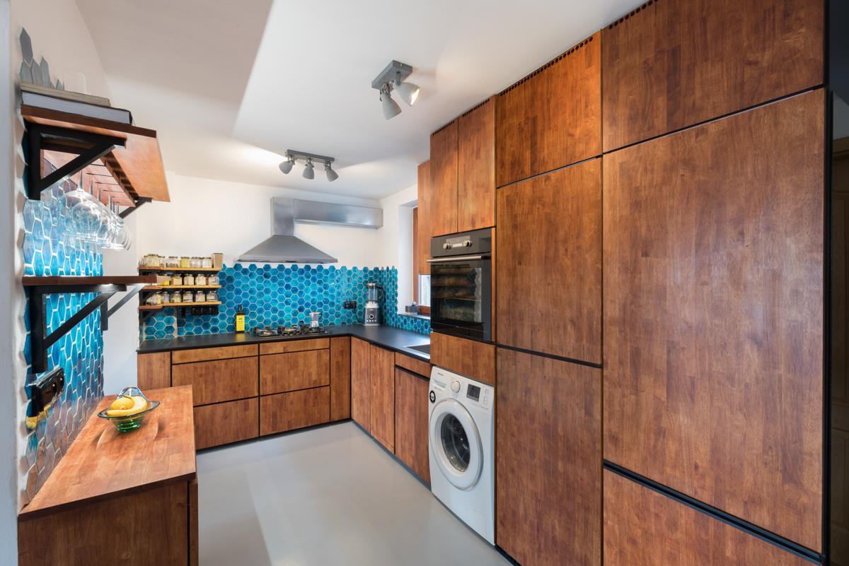 Paletky | recyklovaný nábytek z palet | Hexagona Web 1200 1 | nábytek na míru