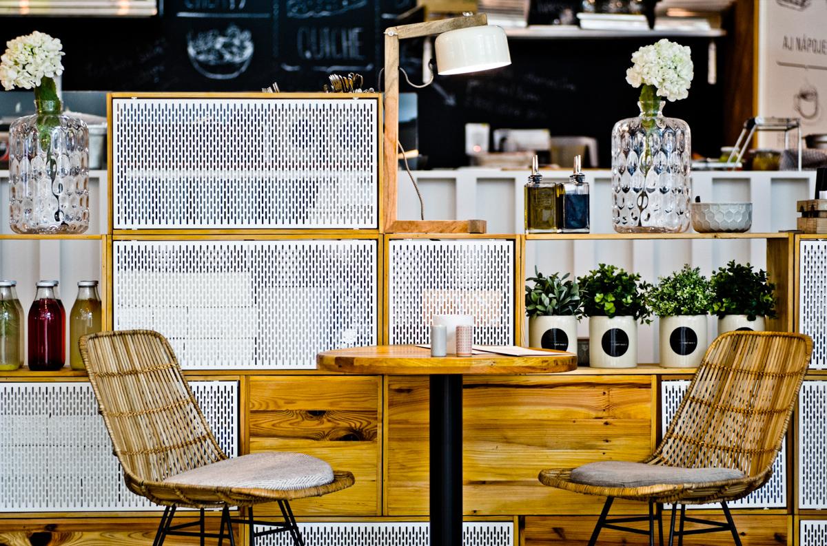 Paletky | recyklovaný nábytek z palet | Mlska Web 1200 15 | nábytek na míru