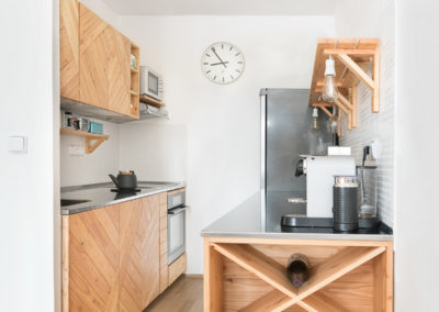 Paletky | recyklovaný nábytek z palet | Nerez A Modrin Web 1200 1 | nábytek na míru
