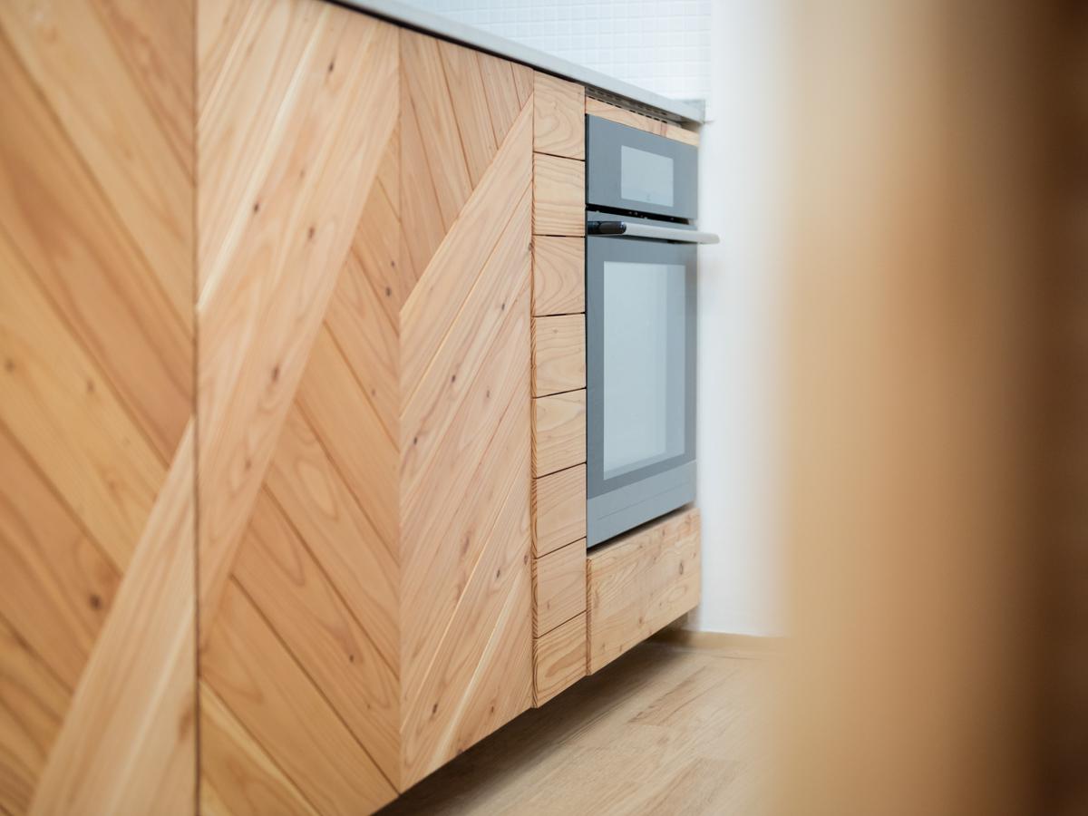 Paletky | recyklovaný nábytek z palet | Nerez A Modrin Web 1200 6 | nábytek na míru