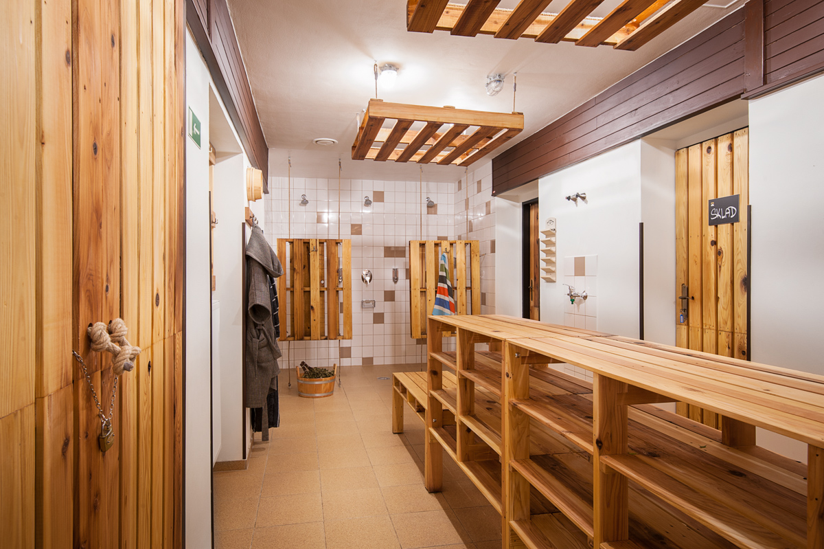 Paletky | recyklovaný nábytek z palet | Sauna Web 1200 6 | nábytek na míru