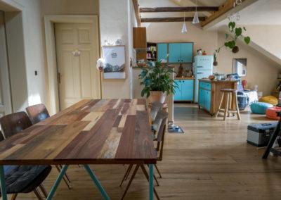 Paletky | recyklovaný nábytek z palet | Stůl Mix Exot Domáčková Lq 1 | nábytek na míru