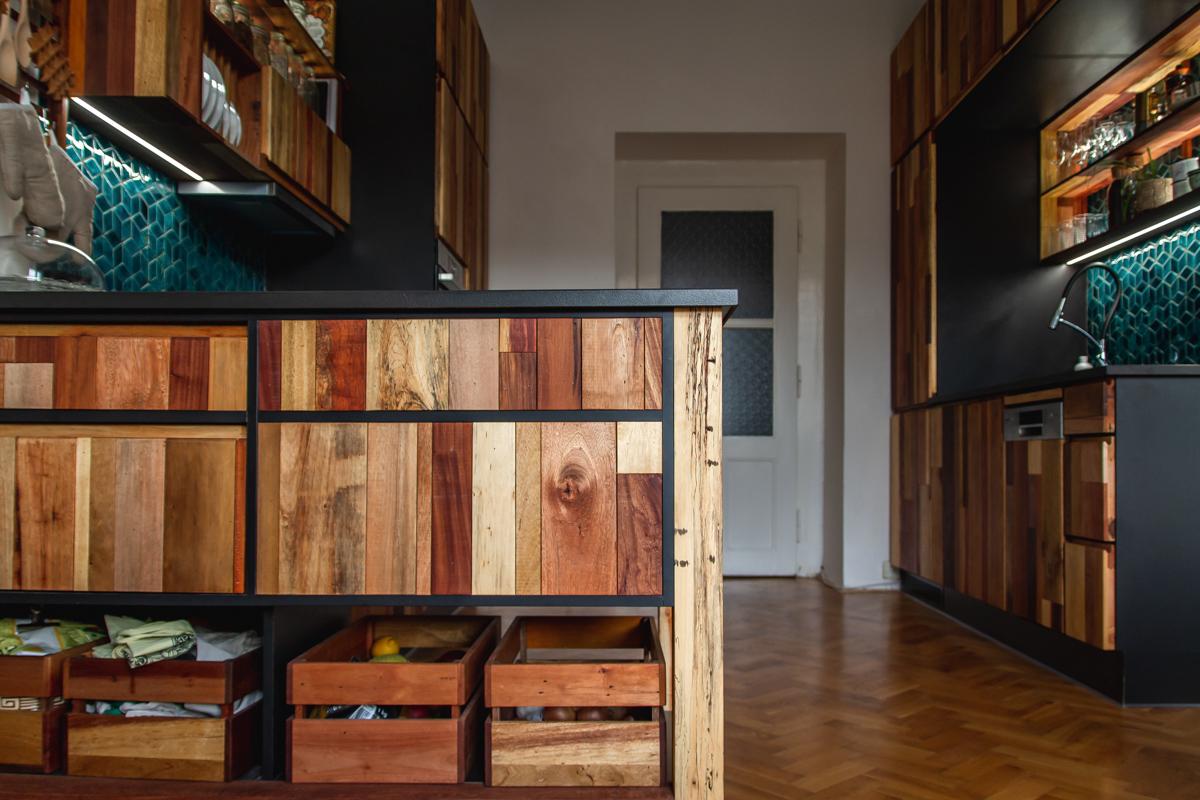 Paletky   recyklovaný nábytek z palet   Azulej Web 1200 5   nábytek na míru