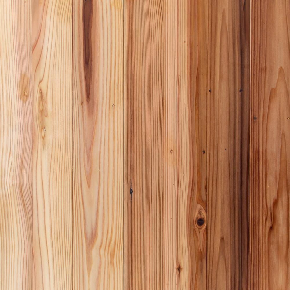 Japonský cedr z palet
