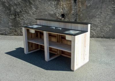 Paletky | recyklovaný nábytek z palet | Bar Klasik + Logo Gordons 4 | nábytek na míru