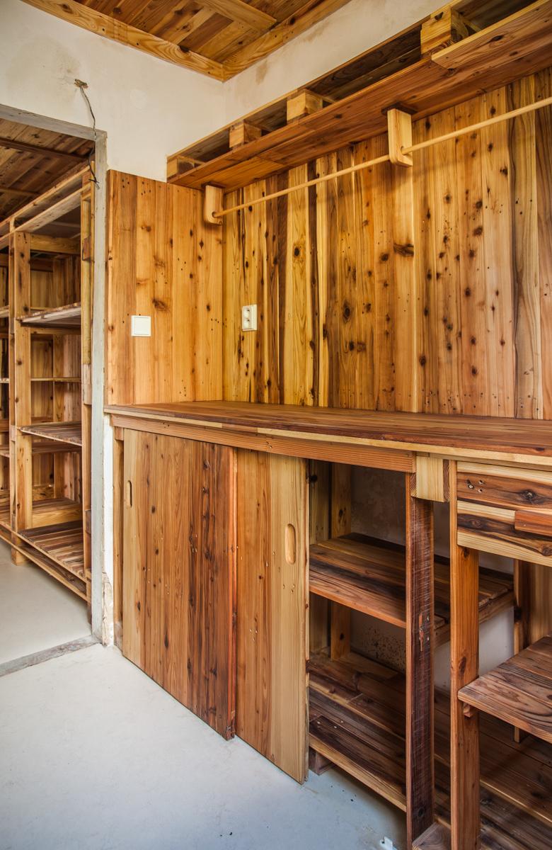 Paletky | recyklovaný nábytek z palet | Chaticka Interier Web 1200 1 | nábytek na míru