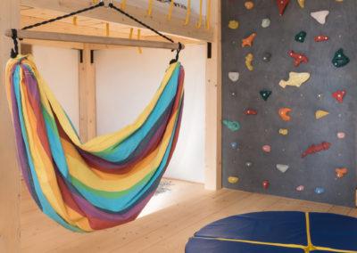Paletky | recyklovaný nábytek z palet | Dětský Pokoj Web 1200 7 | nábytek na míru
