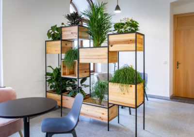 Paletky | recyklovaný nábytek z palet | Dzs Web 1200 10 | nábytek na míru