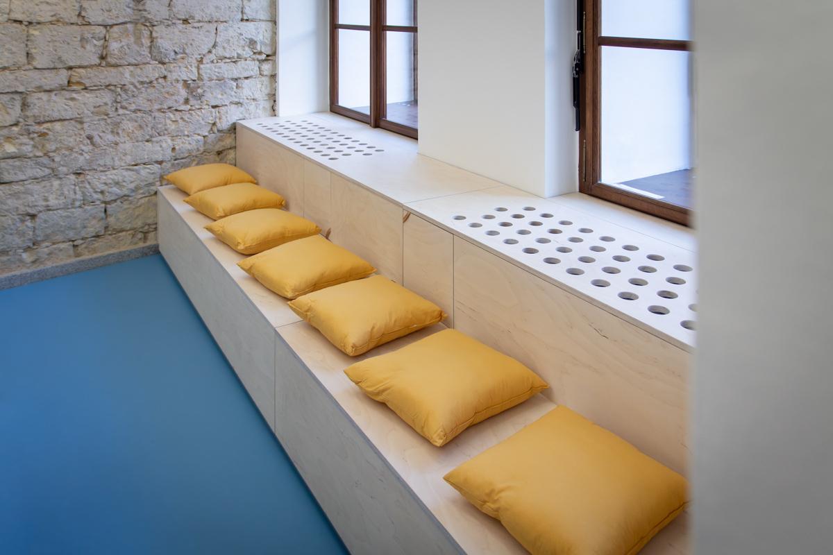 Paletky | recyklovaný nábytek z palet | Dzs Web 1200 3 | nábytek na míru