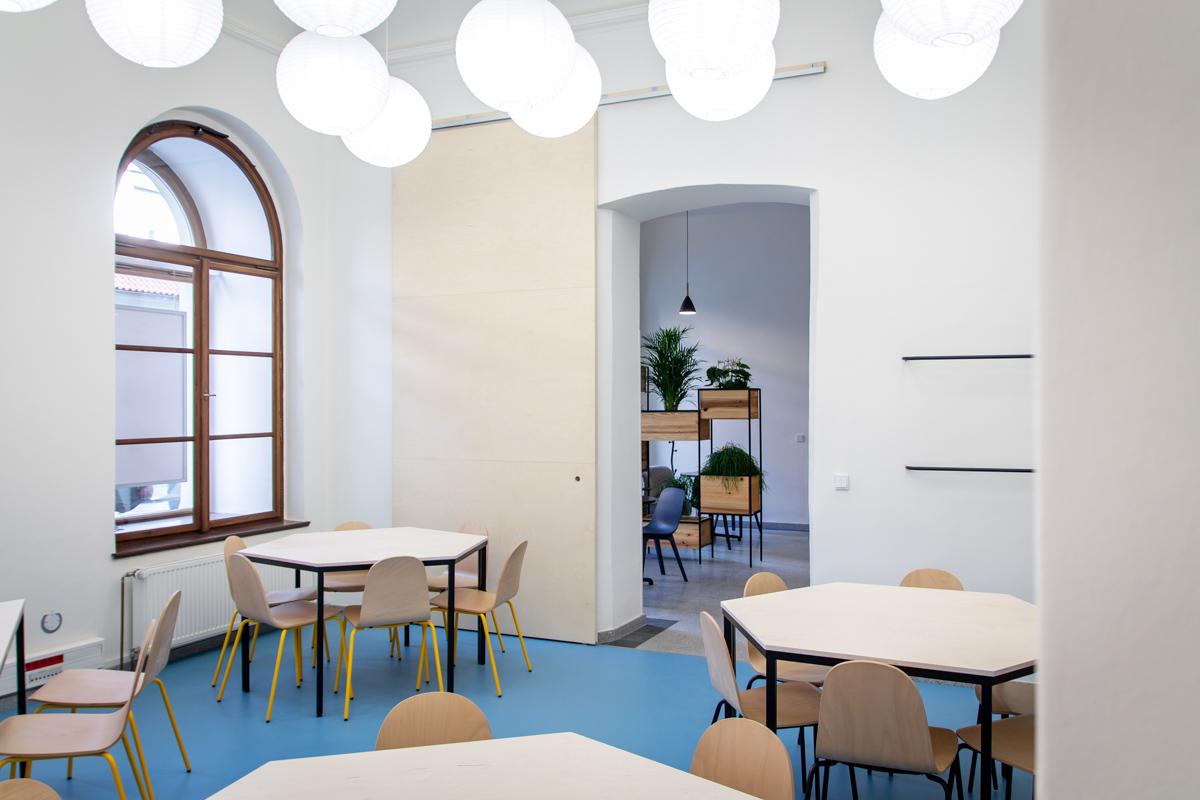 Paletky | recyklovaný nábytek z palet | Dzs Web 1200 6 | nábytek na míru