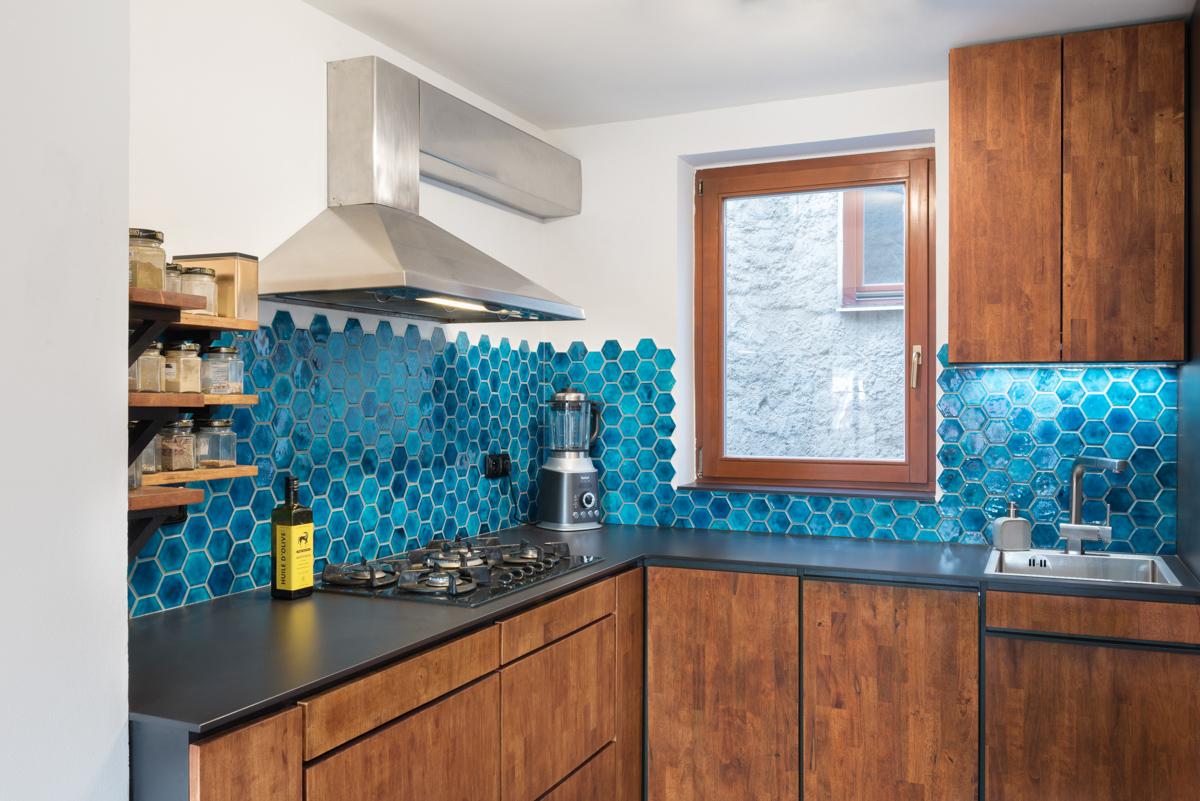 Paletky | recyklovaný nábytek z palet | Hexagona Web 1200 4 | nábytek na míru