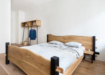 Paletky | recyklovaný nábytek z palet | Interier Dub A Cedr Web1200 1 | nábytek na míru