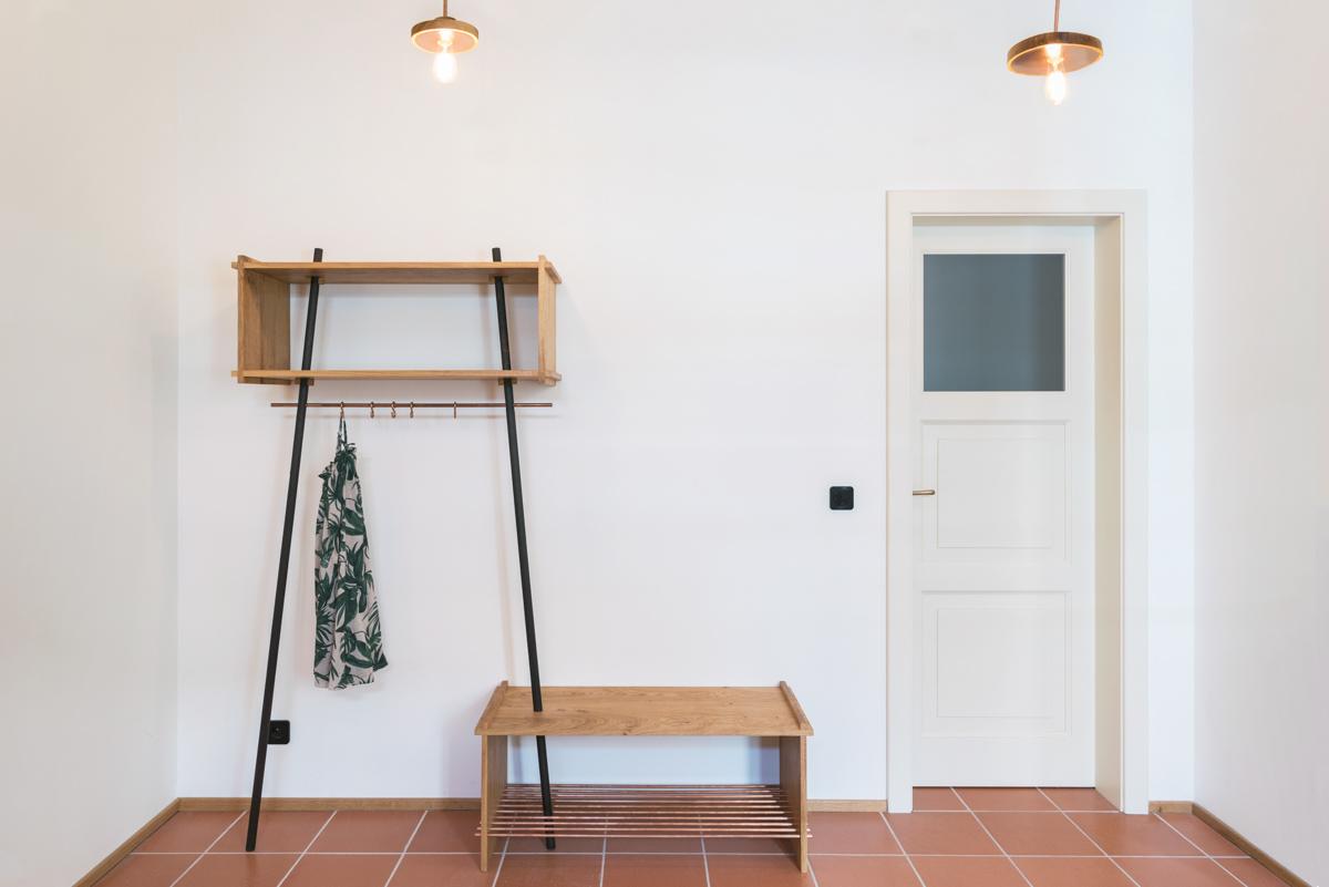 Paletky | recyklovaný nábytek z palet | Interier Dub A Cedr Web1200 5 | nábytek na míru