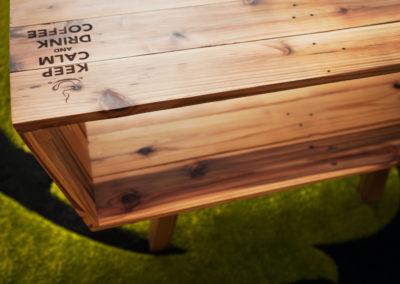 Paletky | recyklovaný nábytek z palet | Kohi Paletky Stul | nábytek na míru