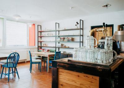 Paletky | recyklovaný nábytek z palet | Mezi Domy Web 1200 1 | nábytek na míru