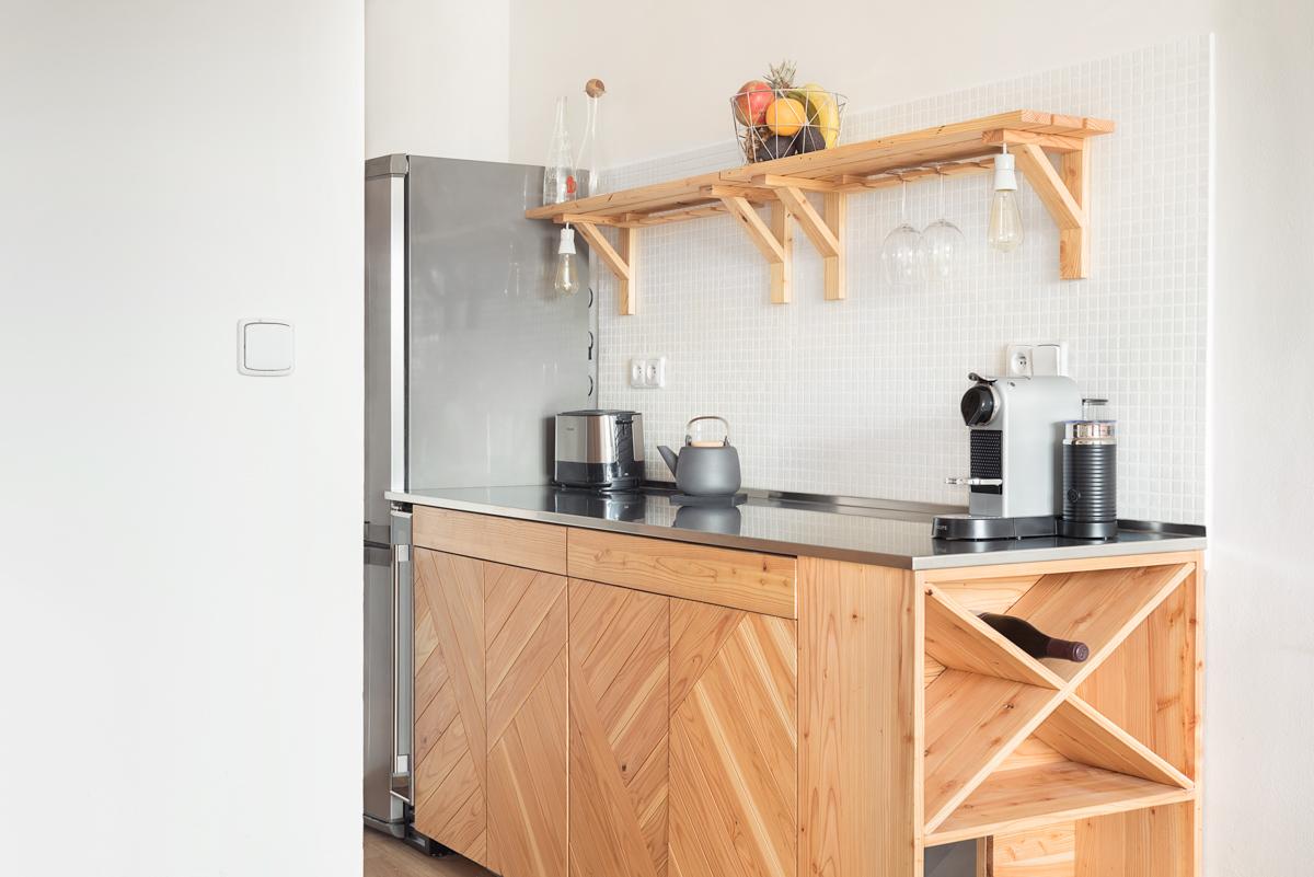 Paletky | recyklovaný nábytek z palet | Nerez A Modrin Web 1200 7 | nábytek na míru