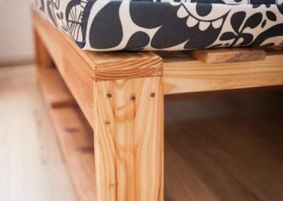 Paletky | recyklovaný nábytek z palet | Obávýk Toki Web 4 | nábytek na míru