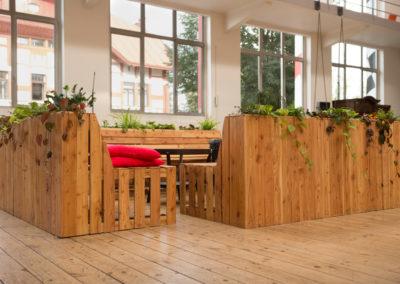 Paletky | recyklovaný nábytek z palet | Ogilvy Web 1200 11 | nábytek na míru