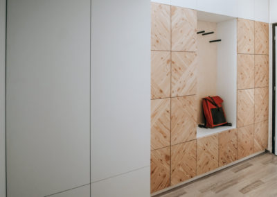 Paletky | recyklovaný nábytek z palet | Předsíň A Ložnice Web 1200 2 | nábytek na míru