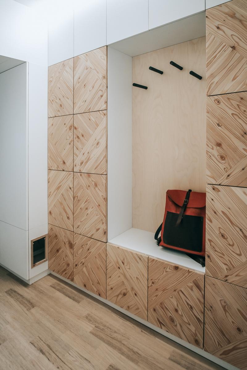 Paletky | recyklovaný nábytek z palet | Předsíň A Ložnice Web 1200 4 | nábytek na míru