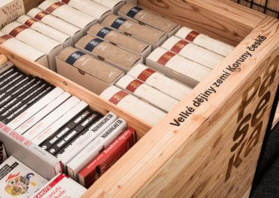 Paletky | recyklovaný nábytek z palet | Paseka Web 1200 12 | nábytek na míru