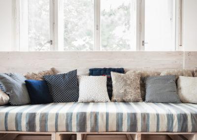 Paletky | recyklovaný nábytek z palet | Soffa L Web 900x600 2 | nábytek na míru