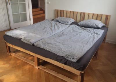 Paletky | recyklovaný nábytek z palet | Sui Web 900x600 1 | nábytek na míru
