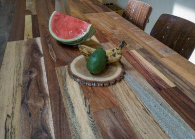 Paletky | recyklovaný nábytek z palet | Stůl Mix Exot Domáčková Lq 6 | nábytek na míru