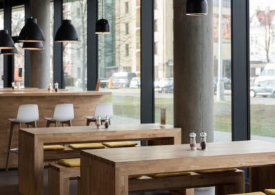 Paletky | recyklovaný nábytek z palet | Vision Web 1200 1 | nábytek na míru