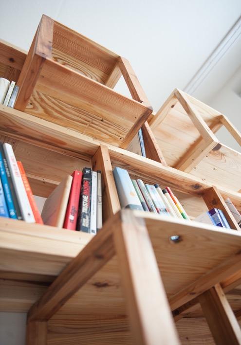 Paletky | recyklovaný nábytek z palet | Knihovna 2 | nábytek na míru