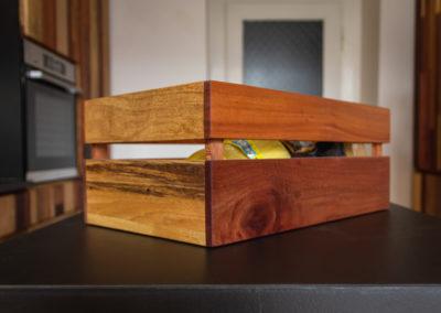 Paletky | recyklovaný nábytek z palet | Azulej Web 1200 25 | nábytek na míru