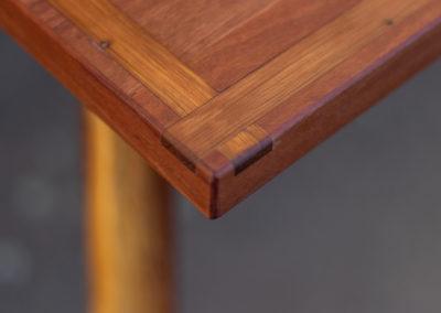 Paletky | recyklovaný nábytek z palet | Stůl Epox Modrý Web 1200 2 | nábytek na míru