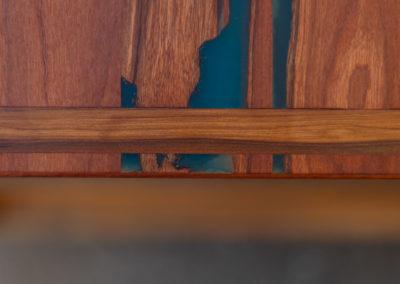 Paletky | recyklovaný nábytek z palet | Stůl Epox Modrý Web 1200 4 | nábytek na míru