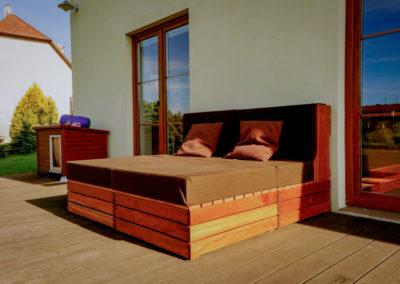 Paletky | recyklovaný nábytek z palet | Ukume Mahagony Web 1200 4 | nábytek na míru