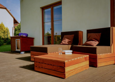 Paletky | recyklovaný nábytek z palet | Ukume Mahagony Web 1200 5 | nábytek na míru