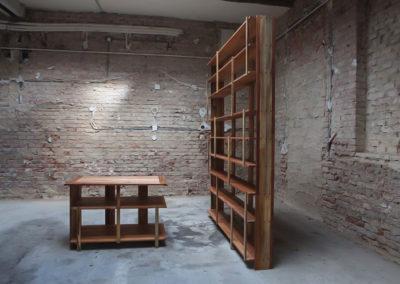 Paletky | recyklovaný nábytek z palet | Knihovna A Stul Paletky Exoticke Dreviny 2 | nábytek na míru
