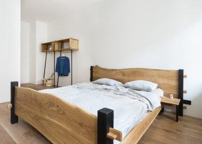 Paletky | recyklovaný nábytek z palet | Interier Dub A Cedr Web1200 1.1 | nábytek na míru