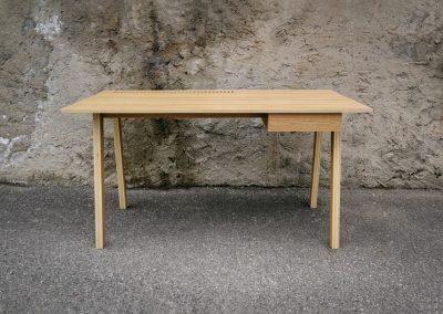 Stůl ROTRE